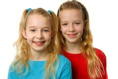 белокурые девушки 2 детеныша Стоковое Фото