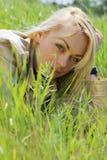 белокурые детеныши женщины Стоковые Фотографии RF