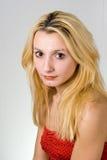 белокурые с волосами детеныши женщины Стоковые Фото