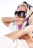 белокурый милый носить солнечных очков шарфа Стоковое Изображение