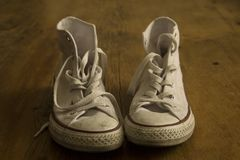 Белые винтажные ботинки Стоковые Фотографии RF