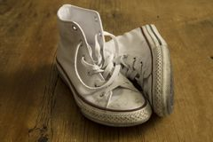 Белые винтажные ботинки Стоковые Фото