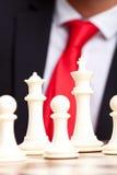 Белые король, ферзь и пешки шахмат Стоковое Изображение RF