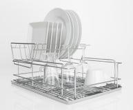 Белые тарелки суша на шкафе тарелки металла Стоковые Изображения