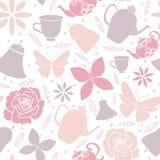 Белые чайники цветков бабочки скачут картина чаепития сада безшовная иллюстрация штока
