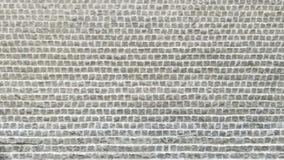 Белый булыжник лежал вниз как предпосылка текстурированная кирпичами стоковые фото