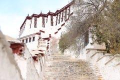 Белый дворец Potala в Тибете Стоковые Изображения RF