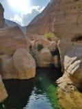 Белый каньон камней со свежей водой стоковое изображение