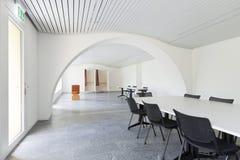 Белый конференц-зал Никто внутрь стоковая фотография