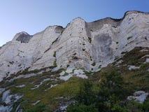Белые скалы стоковое изображение