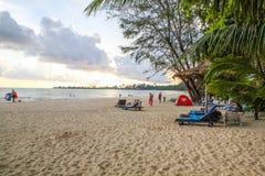 Белый пляж в провинции Королевстве Камбоджи Kong Koh Стоковая Фотография