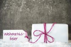 Белый подарок, снег, ярлык, Weihnachtsfeier значит рождественскую вечеринку Стоковая Фотография