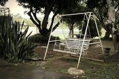 Белый стул качания Стоковое Изображение