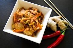 Белый шар корейской еды kimchi с палочками Стоковое Изображение RF