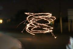 Бенгальский огонь закручивая в круги Стоковая Фотография RF
