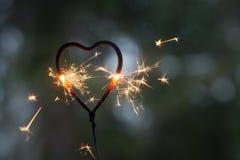 Бенгальский огонь формы сердца Стоковые Изображения