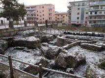 Беневенто - римские остатки с снегом Стоковая Фотография RF