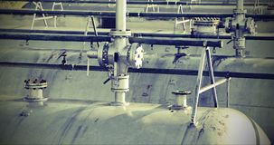 Бензобак в конструкции фабрики рафинадного завода с старое винтажное ef Стоковое Фото