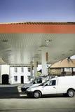 бензозаправочная колонка газа завалки стоковое изображение rf