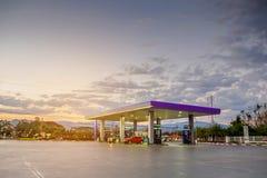 бензоколонка питания автомобиля ваша Стоковые Фотографии RF