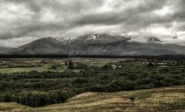 Бен Невис на облаках, Шотландия стоковые фотографии rf