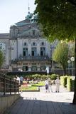БЕРГЕН, НОРВЕГИЯ - 27-ОЕ МАЯ 2017: Жителя Бергена наслаждаются t Стоковые Фото
