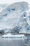 Береговая линия Антарктики - глобальное потепление - образования льда Стоковые Изображения