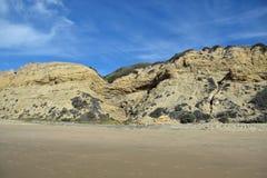 Береговая линия на кристаллическом парке штата бухты, южной Калифорнии стоковые изображения