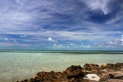 Береговая линия острова в Багамских островах Стоковая Фотография RF