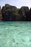 Береговая линия островов Phi Phi Стоковые Изображения RF