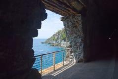 Береговая линия Bonassola - Ligurian море - Лигурия - Италия Стоковая Фотография