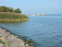 Берег лагуны Curonian, Литва Стоковые Изображения RF