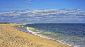 Берег и взгляд океана к NYC от крюка Sandy Стоковые Изображения