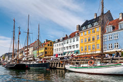 Берег Копенгаген Nyhaven, Дания Стоковые Изображения RF