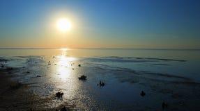 Берег моря или озера Эн-Наджафа, Ирак стоковое изображение
