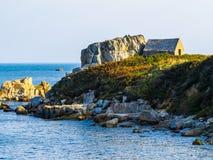 Берег моря на острове Гернси стоковое изображение rf