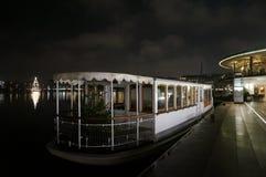Берег озера в Гамбурге, Германии Стоковая Фотография RF
