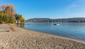 Берег озера Цюриха в осени Стоковые Изображения RF