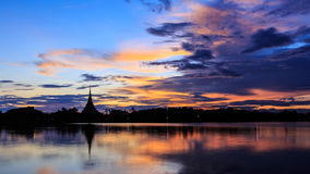 Берег озера KaenNaKorn Стоковое Фото