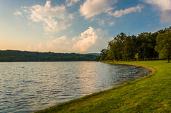Берег озера Pinchot, парка штата Gifford Pinchot, Pennsylva стоковое фото