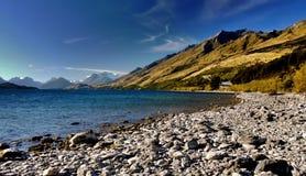 Берег озера, Queenstown, Новая Зеландия Стоковое Фото