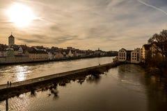 Берег реки Дуная в Регенсбурге, Германии v3 Стоковое Изображение RF