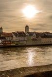 Берег реки Дуная в Регенсбурге, Германии v4 Стоковое Изображение RF