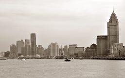 берег реки зданий стоковое фото