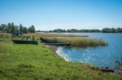 Берег Lake Onega, шлюпок Стоковое Изображение RF