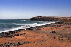 берег lanzarote Канарских островов Стоковая Фотография