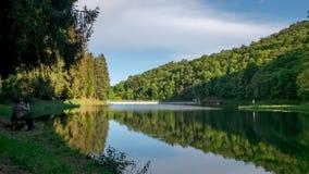 Берег Ponte Vittorio озера сток-видео