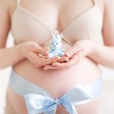 беременная женщина Стоковая Фотография