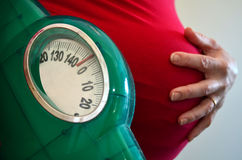 Беременность - здравоохранение беременной женщины Стоковое фото RF