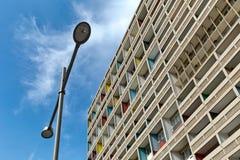 БЕРЛИН, ГЕРМАНИЯ - ИЮЛЬ 2014: Corbusier Haus было конструировано мимо Стоковые Фото